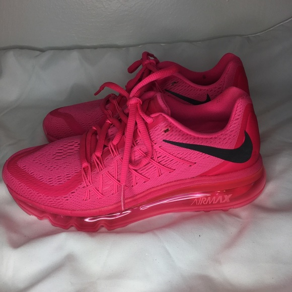 outlet store f373e f6e29 HOT PINK NIKE AIR MAX. M 5ac15fa35512fd84dc9d87ba